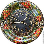 """Часы ручной работы. Ярмарка Мастеров - ручная работа Часы из сибирского кедра серия """"Цветы Ягоды"""". Handmade."""