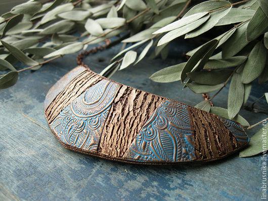 Колье `Сандал` из полимерной глины. Автор - Алина Логинова (украшения `Брусника`).