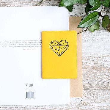 Канцелярские товары ручной работы. Ярмарка Мастеров - ручная работа Обложка для паспорта, цвет: Желтый. Handmade.
