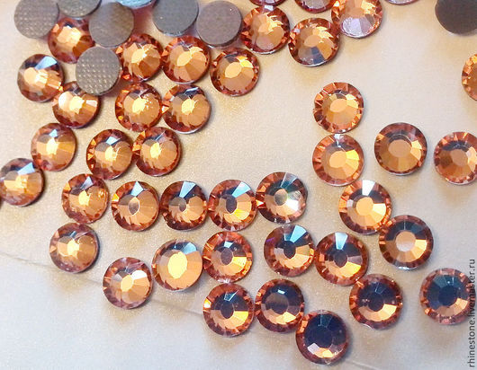 Стразы Aroshirva горячей фиксации цвет Apricot\r\nss16 упаковка 10 гросс - 540руб