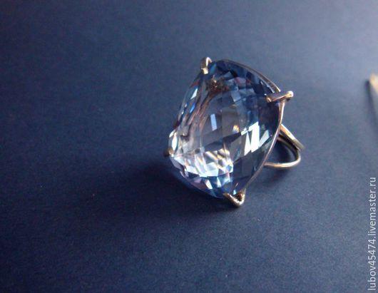 """Кольца ручной работы. Ярмарка Мастеров - ручная работа. Купить Кольцо""""С голубым топазом""""из серебра. Handmade. Голубой, кольцо с камнем"""