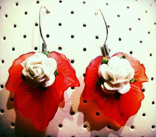 """Серьги ручной работы. Ярмарка Мастеров - ручная работа. Купить Серьги """"Розочка с листом"""". Handmade. Серьги, бумажная роза, листочек"""