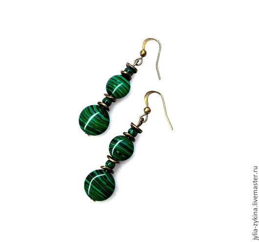 Серьги из малахита, длина серьги -около 4 см. швензы серьги - под бронзу. серьги - замечательный подарок на любой праздник! Серьги малахитовые зеленые.