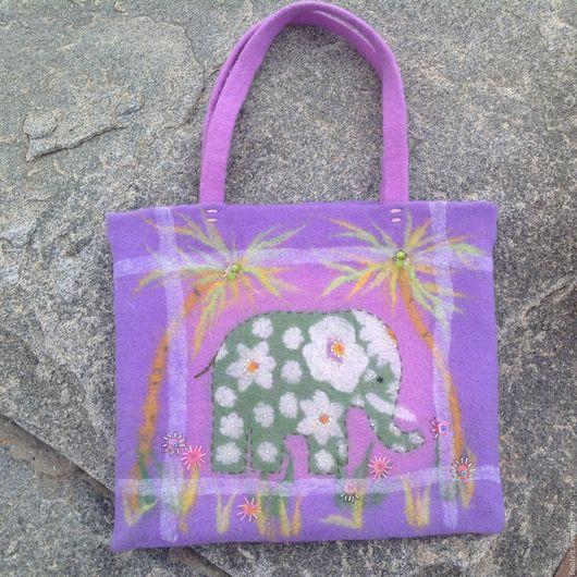 Женские сумки ручной работы. Ярмарка Мастеров - ручная работа. Купить Авторская войлочная сумка Зелёный слоник. Handmade. Комбинированный