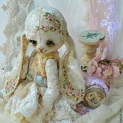 """Куклы и игрушки ручной работы. Ярмарка Мастеров - ручная работа Плюшевая зайка """"Магдалена"""". Handmade."""