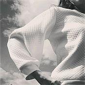 Одежда ручной работы. Ярмарка Мастеров - ручная работа Белый свитшот. Handmade.