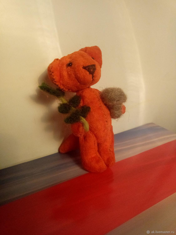 ТИМ Маленький лисенок с грибочком и веточкой, Миниатюрные игрушки, Москва, Фото №1