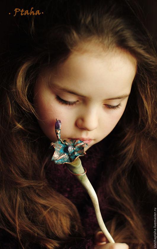 """Заколки ручной работы. Ярмарка Мастеров - ручная работа. Купить Шпилька """"Цветок с аметистом"""". Handmade. Коричневый, медные украшения, осина"""