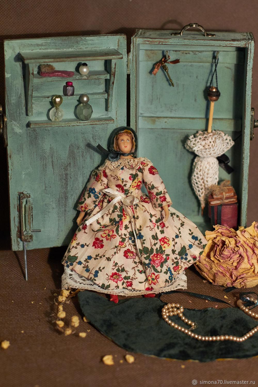 Мятный дорожный  шкафчик для путешествия  и дама с зонтиком, Кукольные домики, Кемерово,  Фото №1