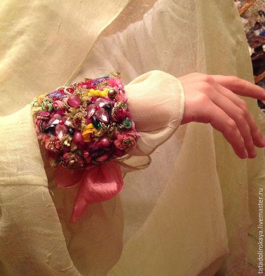 """Браслеты ручной работы. Ярмарка Мастеров - ручная работа. Купить Браслет-коллаж """"Калейдоскоп"""". Handmade. Калейдоскоп, розовый, удивление, неповторимый"""