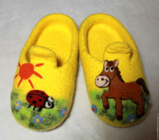 Обувь ручной работы. Ярмарка Мастеров - ручная работа. Купить Тапочки валяные Лошадка Майя. Handmade. Желтый, детский