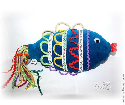 """Развивающие игрушки ручной работы. Ярмарка Мастеров - ручная работа. Купить Мягкая развивающая игрушка """"Рыбка с петельками"""". Handmade. синий"""