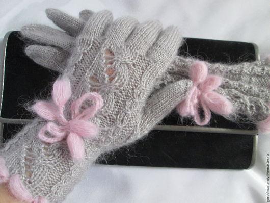 Варежки, митенки, перчатки ручной работы. Ярмарка Мастеров - ручная работа. Купить Повтор работы перчатки зайчик серенький перчатки вязаные шерстяные. Handmade.