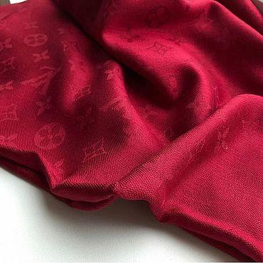 Аксессуары ручной работы. Ярмарка Мастеров - ручная работа Бордовый платок с логотипом. Handmade.