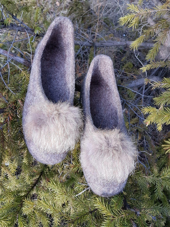 Обувь ручной работы. Ярмарка Мастеров - ручная работа. Купить Валяные домашние тапочки. Handmade. Валяные тапочки, женские тапочки
