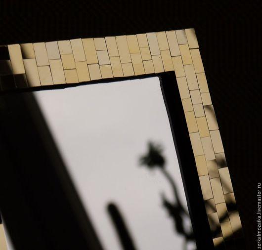 Зеркало на стол в золотой мозаичной раме, золотое зеркало, мозаика