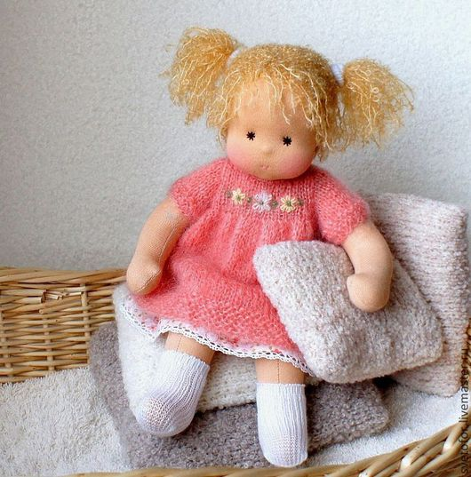 Вальдорфская игрушка ручной работы. Ярмарка Мастеров - ручная работа. Купить Лялечка для Наташи, 33 см. Handmade. Коралловый, хлопок