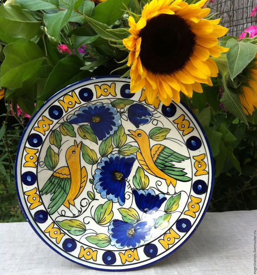 "Винтажная посуда. Ярмарка Мастеров - ручная работа. Купить Тарелка настенная ""Яркие птицы"",Португалия, 70 -е гг. Handmade."