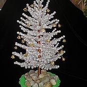 Новогодние сувениры ручной работы. Ярмарка Мастеров - ручная работа Елочка с колокольчиками. Handmade.