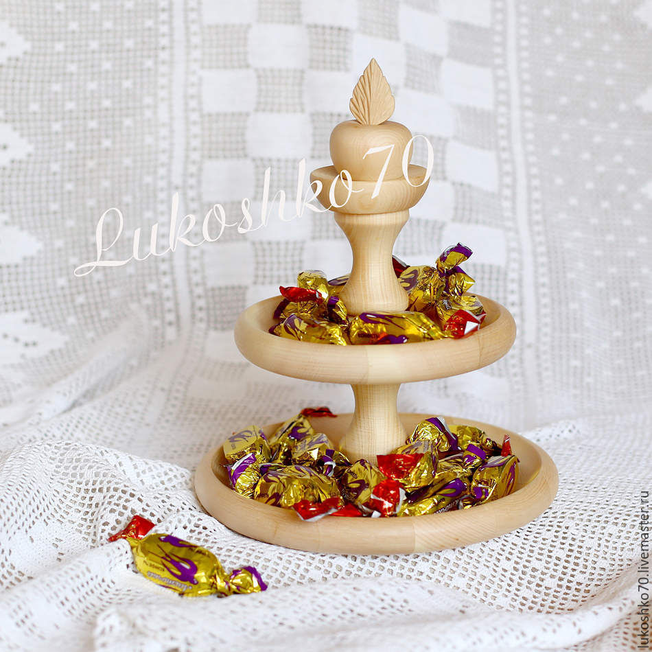 The candy bowl-bowl tiered wooden. Tableware made of cedar, Candy Dishes, Tomsk,  Фото №1