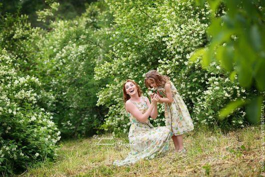 """Платья ручной работы. Ярмарка Мастеров - ручная работа. Купить """"Мамина Дочка"""" платья из натурального шелка. Handmade. Для мамы и дочки"""