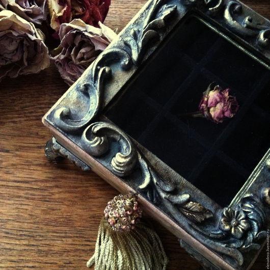 """Шкатулки ручной работы. Ярмарка Мастеров - ручная работа. Купить """"  Petite Reine...."""" Маленькая шкатулочка..очень маленькая... Handmade."""