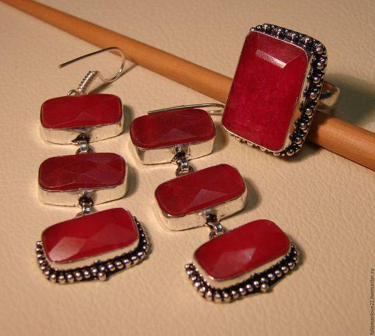 Кольца ручной работы. Ярмарка Мастеров - ручная работа. Купить Комплект с   натуральными  рубинами  МАРС  серьги и кольцо. Handmade.