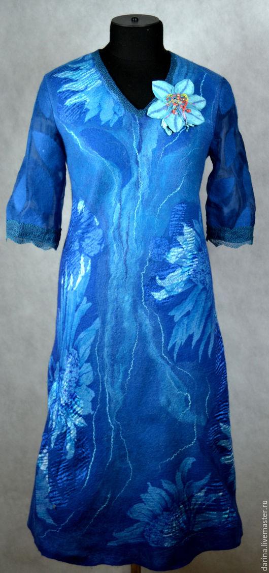 """Платья ручной работы. Ярмарка Мастеров - ручная работа. Купить платье валяное """"Голубые клематисы"""". Handmade. Синий, клематисы, шёлк"""