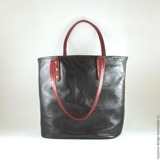 Женские сумки ручной работы. Ярмарка Мастеров - ручная работа. Купить Большая сумка из натуральной кожи цвета темного шоколада. Handmade.