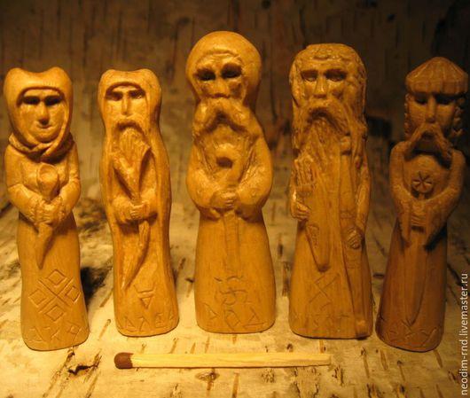 Чур Древнего Языческого Бога РОДа Чур Языческого Бога СТРИБОГа Чур Древнего Языческого Бога ВЕЛЕСа Чур Древней Языческой Богини МАКОШЬ Чур Языческого Бога ПЕРУНа Материал: граб вощёный