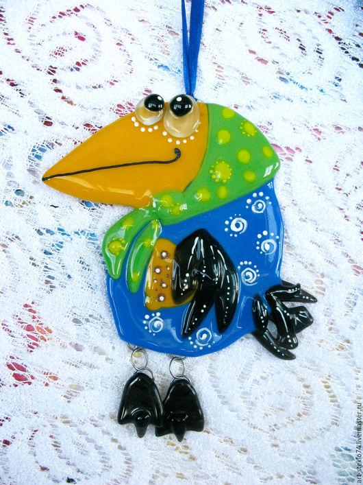 Миниатюрные модели ручной работы. Ярмарка Мастеров - ручная работа. Купить Фьюзинг-сувенир, Подвеска «Ворона и сыр...». Handmade.