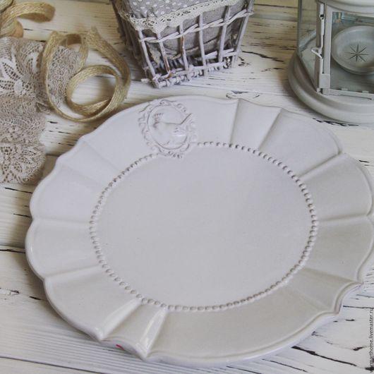 """Другие виды рукоделия ручной работы. Ярмарка Мастеров - ручная работа. Купить Тарелка """"Королевская птица"""". Handmade. Белый"""