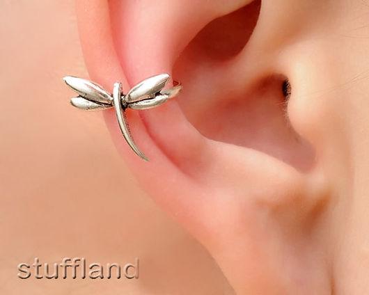 """Кафф из серебра """"Стрекоза"""" на правое ухо."""