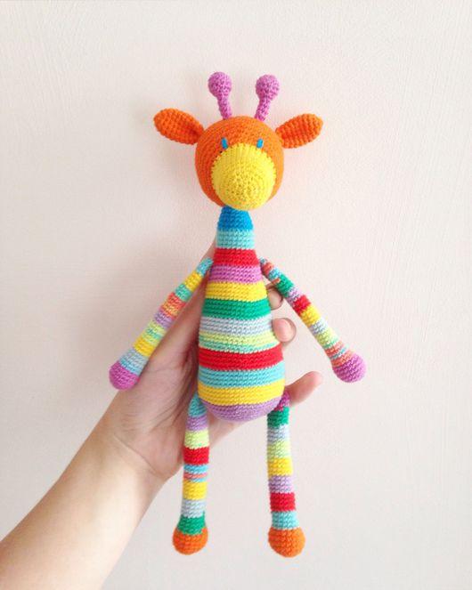 Игрушки животные, ручной работы. Ярмарка Мастеров - ручная работа. Купить Радужный жирафик с можжевеловыми бусинками.. Handmade. игрушка для детей