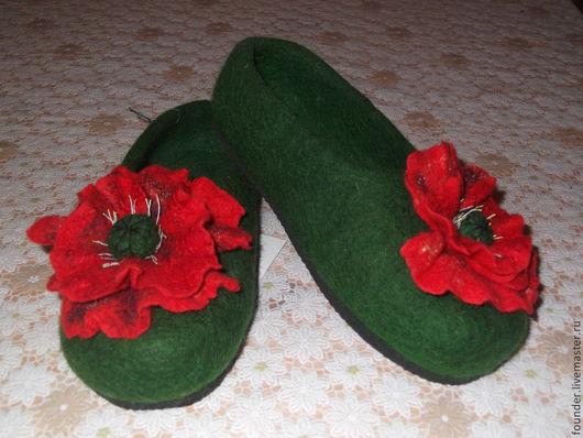 """Обувь ручной работы. Ярмарка Мастеров - ручная работа. Купить Тапочки валяные женские """" Маковки"""". Handmade. шерсть овечья"""