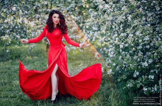 Платья ручной работы. Ярмарка Мастеров - ручная работа. Купить Красное платье с запАхом. Handmade. Платье, вечернее платье