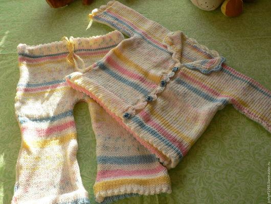 Одежда для девочек, ручной работы. Ярмарка Мастеров - ручная работа. Купить Вязаный костюмчик для девочки. Handmade. Комбинированный, вязание для малышей
