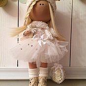 Куклы и игрушки ручной работы. Ярмарка Мастеров - ручная работа Интерьерная текстильная кукла Рождественский Ангел на коньках. Handmade.