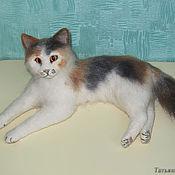 Куклы и игрушки ручной работы. Ярмарка Мастеров - ручная работа Трехцветная кошка Осень. Handmade.
