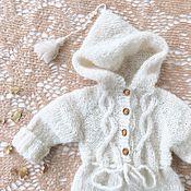 Комбинезоны ручной работы. Ярмарка Мастеров - ручная работа Вязаный комбинезон для новорожденных Ivory. Handmade.