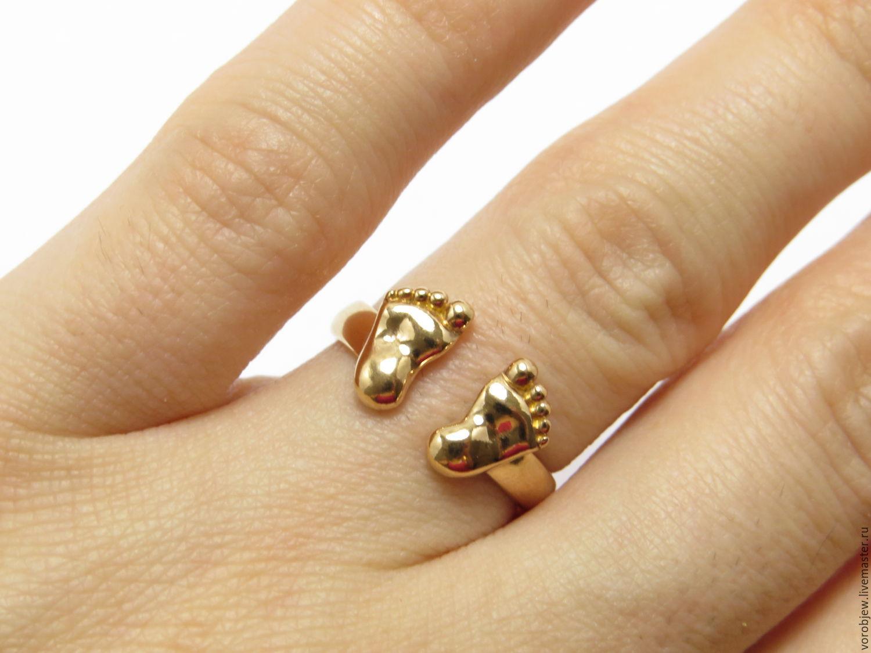 фото кольцо пяточка младенца