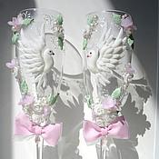 """Свадебный салон ручной работы. Ярмарка Мастеров - ручная работа Свадебные бокалы """"Голуби счастья"""" (набор). Handmade."""