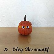 Сувениры и подарки handmade. Livemaster - original item Christmas tree toy wood carved figurine miniature Pumpkin Halloween. Handmade.