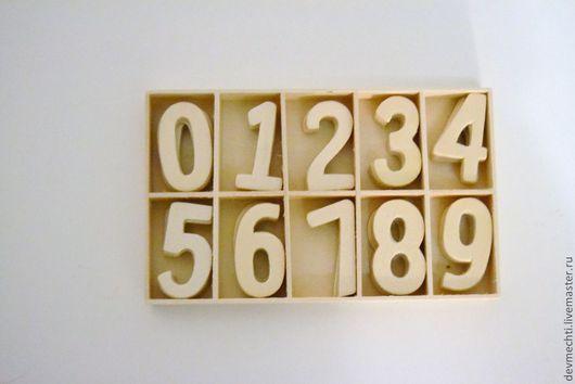 Цена: набор из 10 цифр - 55 руб.