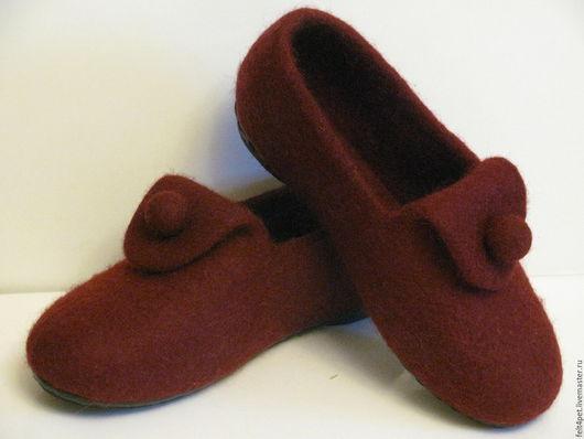 Обувь ручной работы. Ярмарка Мастеров - ручная работа. Купить Тапочки домашние вишневый. Handmade. Бордовый, тапочки валяные