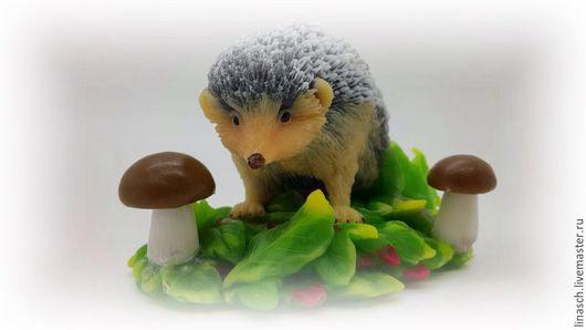 Мыло ручной работы. Ярмарка Мастеров - ручная работа. Купить Ежик в листиках. Handmade. Серый, грибы, мыло, подарок