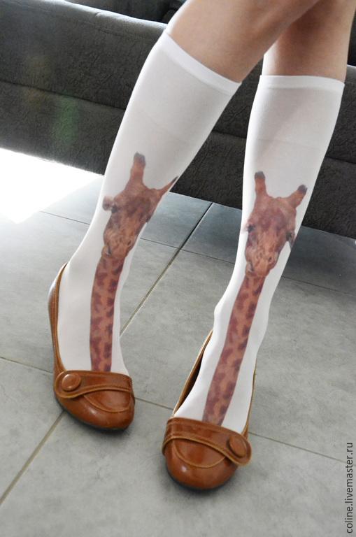 Носки, Чулки ручной работы. Ярмарка Мастеров - ручная работа. Купить Гольфы с жирафом. Handmade. Колготки, подарок для женщины, белый
