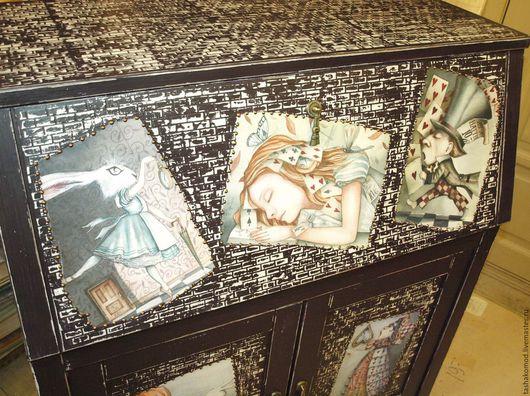 """Мебель ручной работы. Ярмарка Мастеров - ручная работа. Купить Секретер """"Сны Алисы)"""". Handmade. Комод, алиса в стране чудес"""
