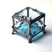 Свадебный салон ручной работы. Ярмарка Мастеров - ручная работа Маленькая квадратная шкатулка для колец с голубым дном. Handmade.