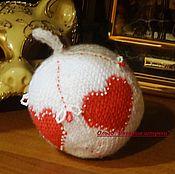Подарки к праздникам ручной работы. Ярмарка Мастеров - ручная работа Большой шар вязаный, вышитый бисером и бусинами. Handmade.